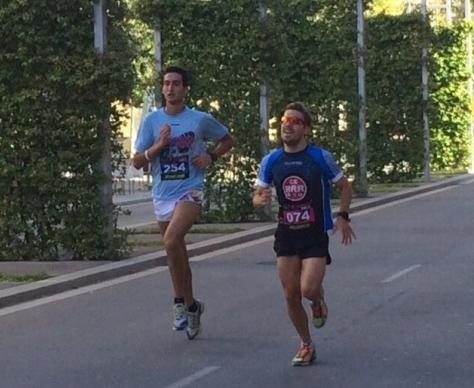 Corredors de la primera edició, en el seu pas pel carrer Joaquima de Vedruna