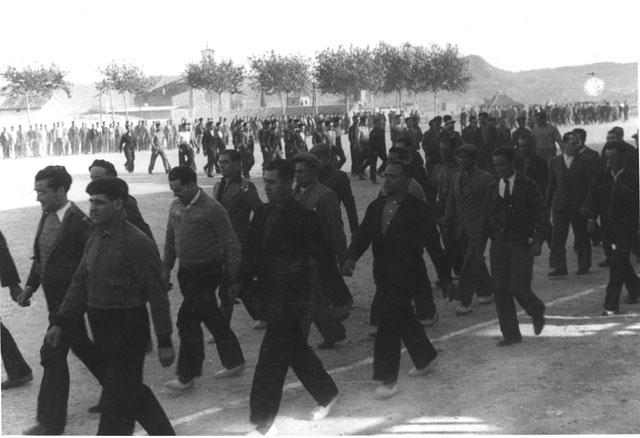 Rafael Vilarrubias, 1937. Exercicis per a l'exèrcit popular al camp de l'Ateneu