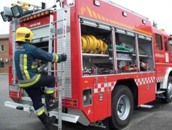 Una intervenció dels Bombers en un incendi a la capital anoienca