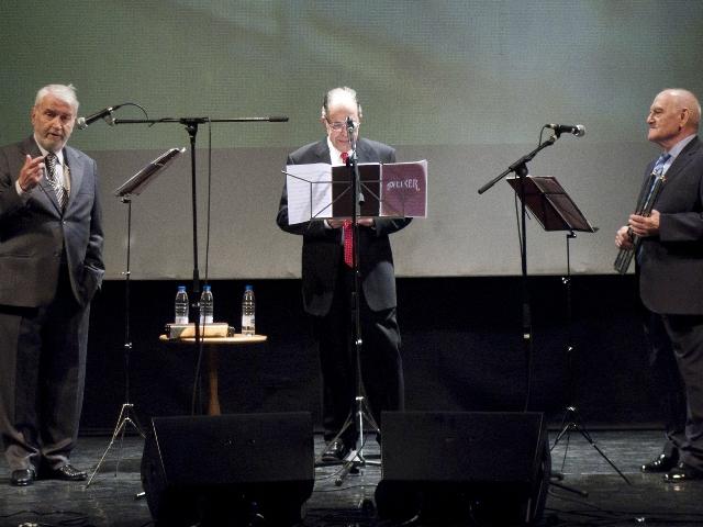 Els tres músics dels Néixer, dilluns passat a l'Auga / Foto: R.M