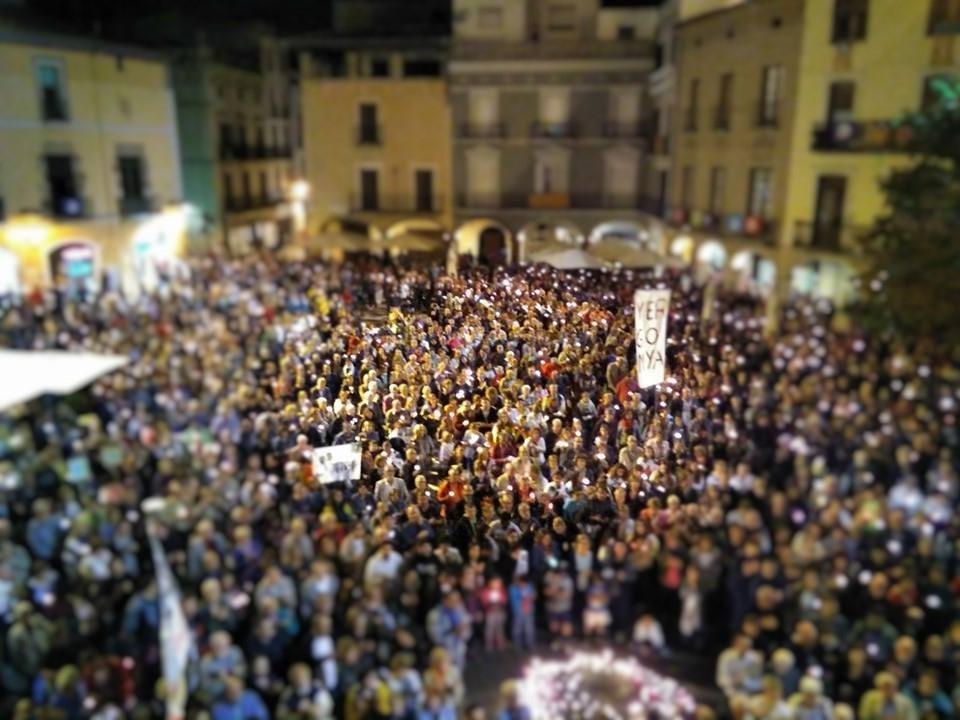 La manifestació del 17 d'octubre a la Plaça de l'Ajuntament d'Igualada