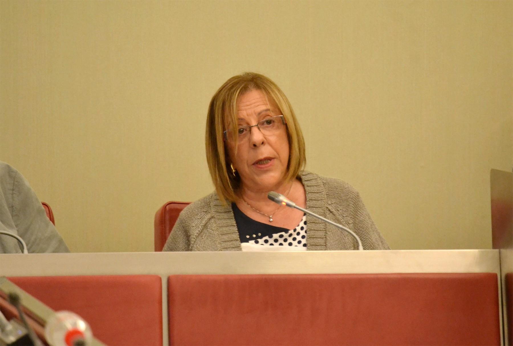 La Síndica de Greuges d'Igualada, Rosa Sánchez, presenta la Memòria del 2013 al ple