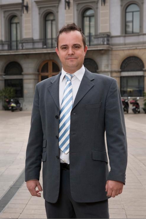 Robert Hernando