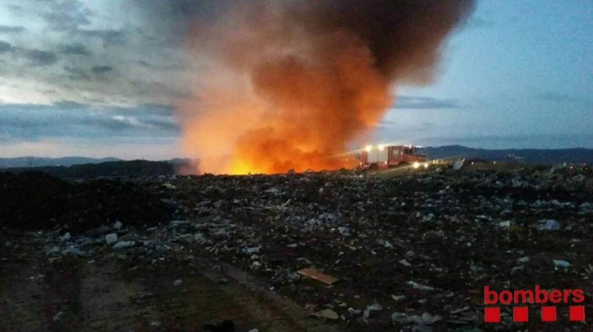 Fotografia de l'incendi de l'any passat FOTO: Bombers