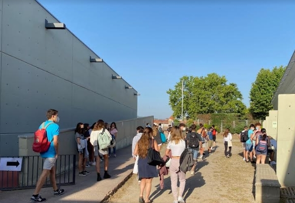 Estudiants en la segona jornada de les PAU FOTO: Ins Mercader
