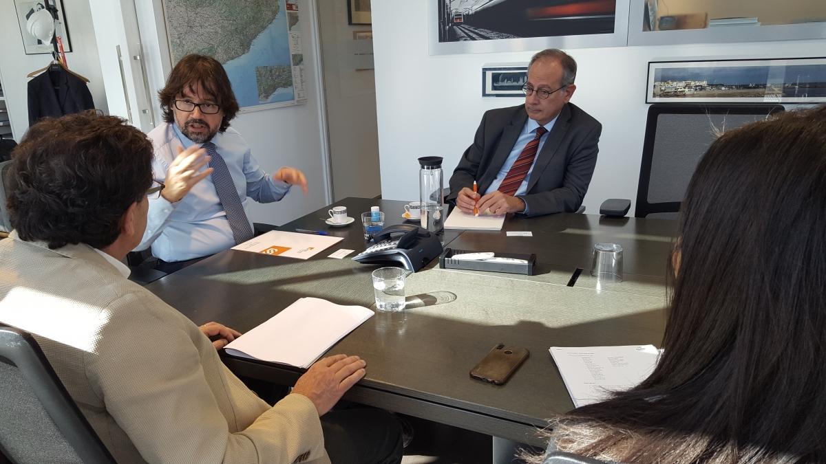 Ricard Font, segon a la dreta, va rebre als representants de la UEA