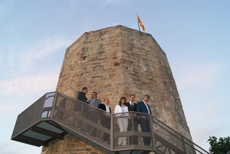 La nova escala d'accés a la torre