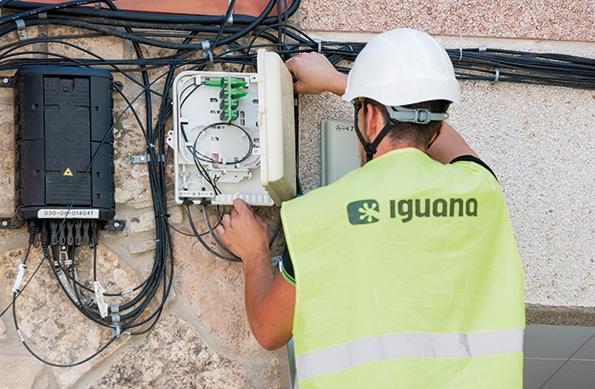 L'equip d'instal·ladors d'Iguana està format per gairebé una desena de tècnics.