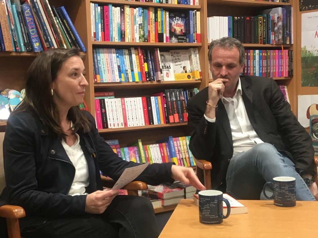 Marina Llansana i Jordi Cabré presentant