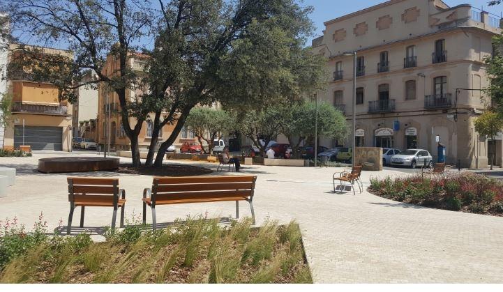 Fotografia actual de la plaça