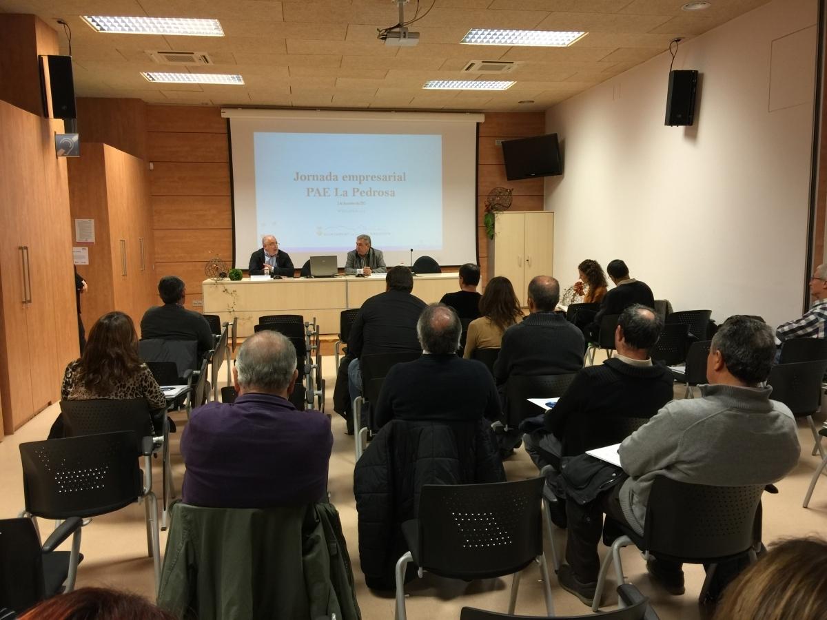Una trobada informativa d'empresaris a l'Ajuntament sobre el polígon