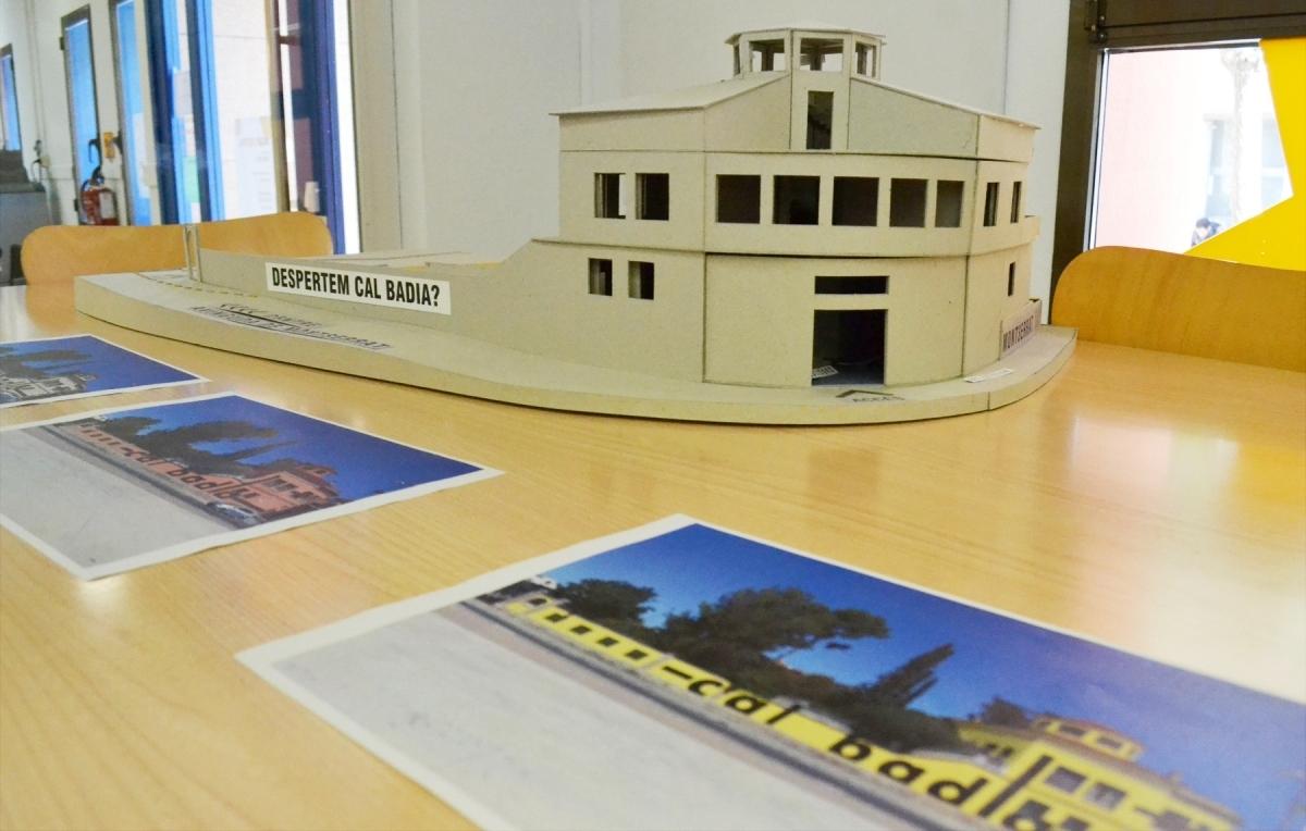 Una maqueta amb diverses propostes sobre el centre juvenil